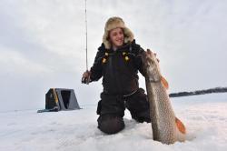 Catch big fish through the ice